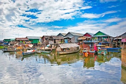 https://www.steungsiemreaphotel.com/uploads/Siem Reap Attractions/floating-village.jpg?v=1.0.0